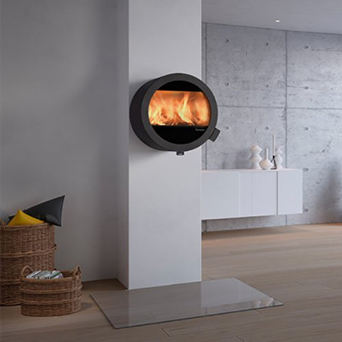 Me Wall - современная печь из стали с круглым стеклом