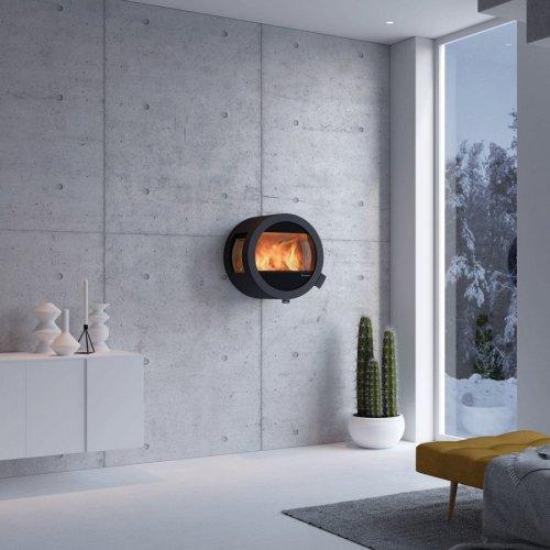 Me Wall - металлическая настенная печь с боковыми стеклами