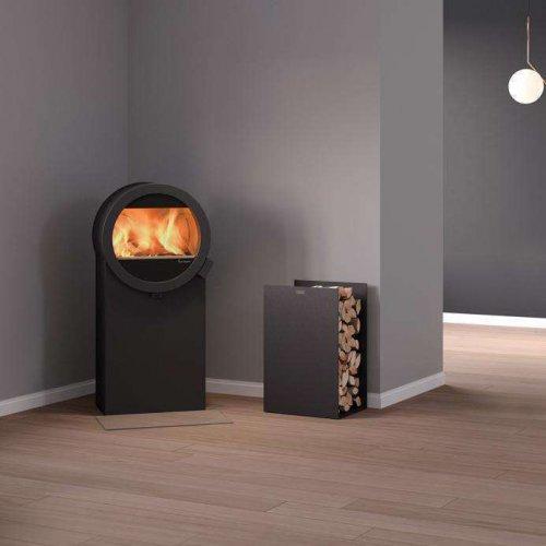 Me Steel - стильная печь на подставке-дровнице