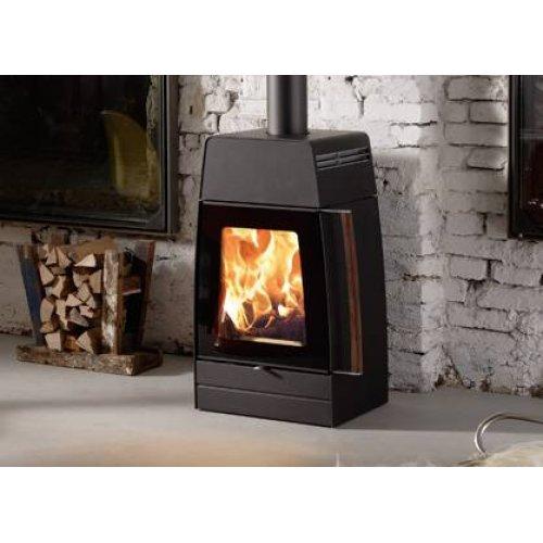 Moby - Стильный камин с увеличенным обзором огня