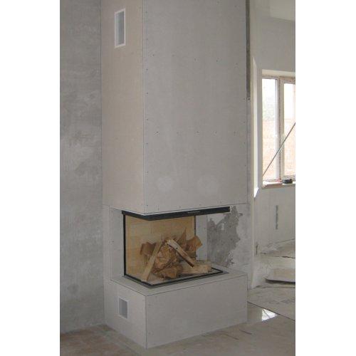 Небольшой пристенный камин, трехсторонний вид огня