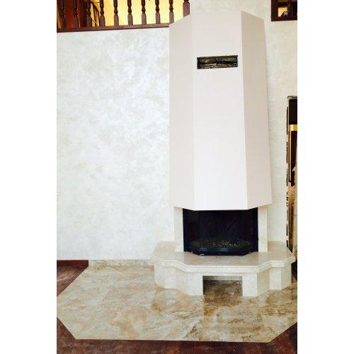 Пристенный камин с фигурной столешницей