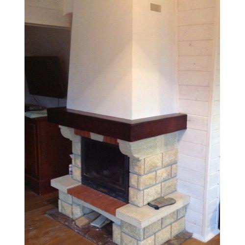 Пристенный камин в деревенском стиле
