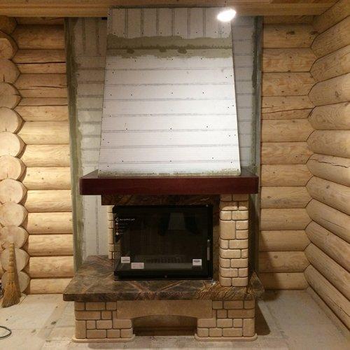 Пристенно-угловой камин в деревенском стиле