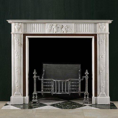К 370 - Мраморный камин из мрамора с резным декором