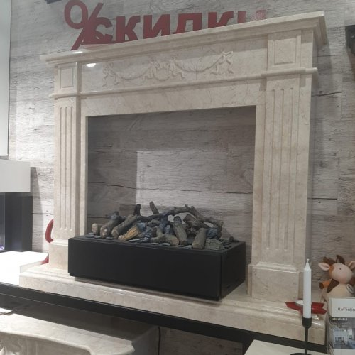 Каминный портал Вашингтон в классическом стиле