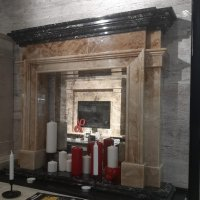 Каминный портал Кенсингтон из природного камня Оникс