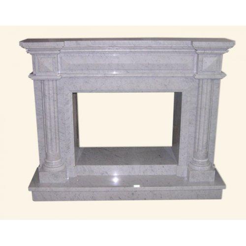 белая мраморная облицовка для открытого камина