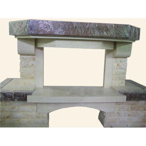 каминный пристенный портал из колотого мрамора