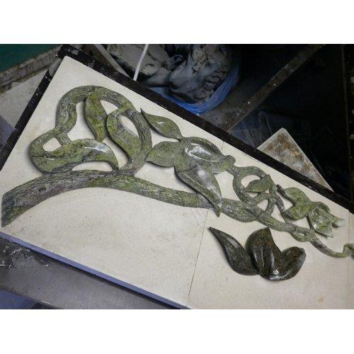 Элемент каминного декора