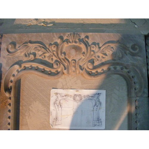 Ручная обработка мрамора для камина
