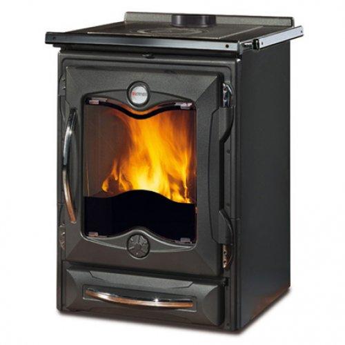Cucinotta NE - небольшая плита с дровяной топкой, черная